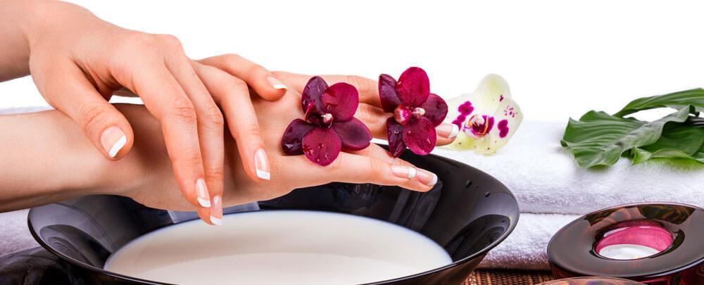 Уход за руками и ногтями: полезные маски, ванночки, крем для рук